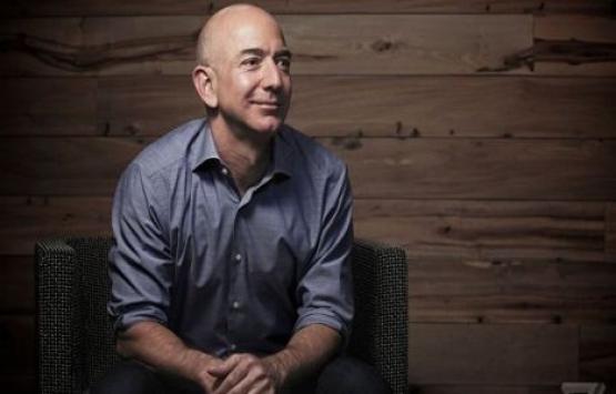 Dünyanın en zengini Jeff Bezos oldu!