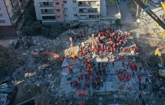 Rızabey Apartmanı'nın yerine bina inşa edilmesine tepki!