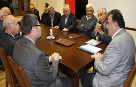 Adana Müteahhitler Birliği Abdullah Çalışkan'ı ağırladı!