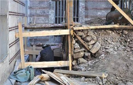 İstanbul Üniversitesi'nde arkeologsuz