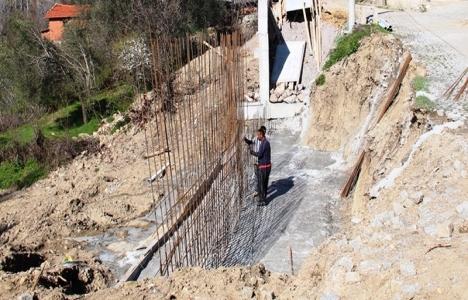 İzmir Bergama'nın köyleri modern yollara kavuşuyor!