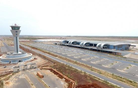 Türklerin Senegal'de inşa ettiği havalimanına yoğun ilgi!
