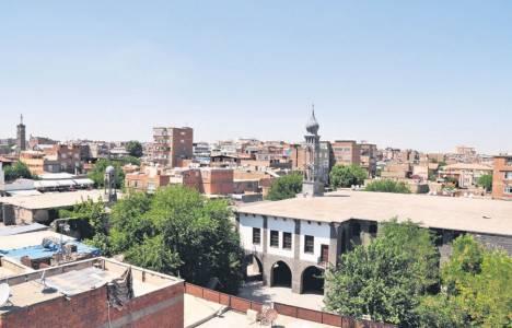 Diyarbakır'da Ermeni Vakfı'na ait 17 taşınmaz iade edildi!