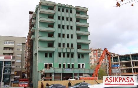 Kırıkkale Sosyal Sigortalar Kurumu'nun eski binası yıkılıyor!
