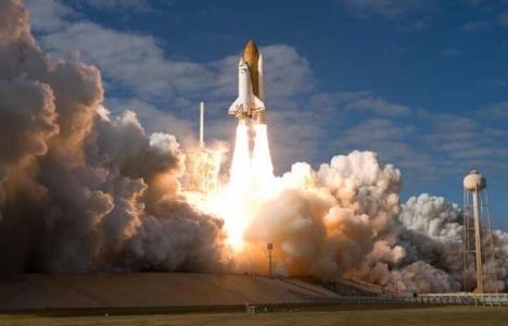 Uzay turizmi 2015 yılında başlayacak!