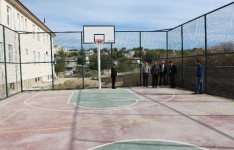 Adıyaman Samsat'ta 3 okula spor sahası yapıldı!