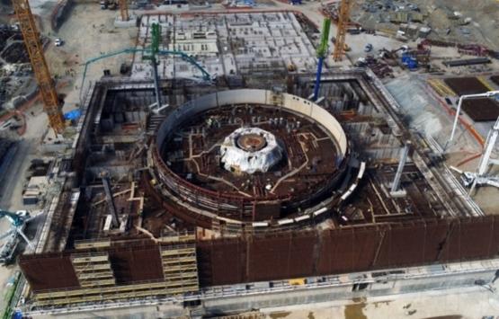 Akkuyu Nükleer Santral'in inşaatında vinç devrildi!