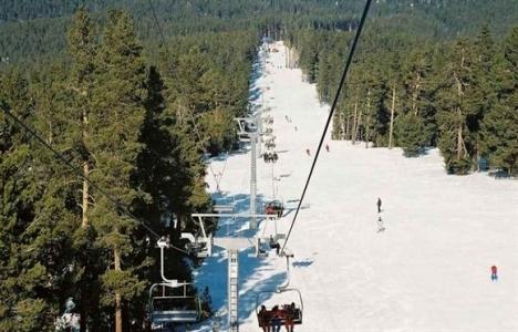 Cıbıltepe Kayak Merkezi'nde kar kalınlığı 4 santimetreye yükseldi!