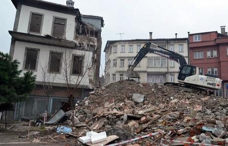 Tabakhane'de yıkılan bina sayısı 490'a ulaştı!