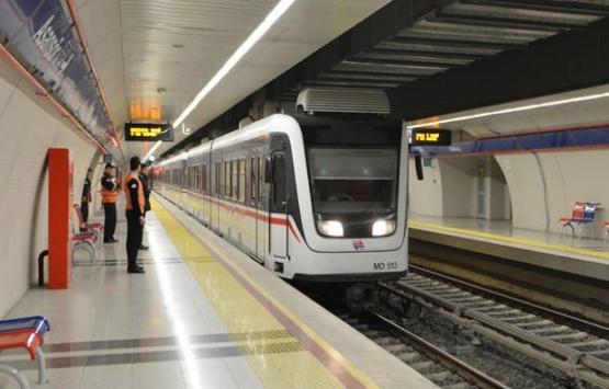 Fahrettin Altay-Narlıdere metrosunda