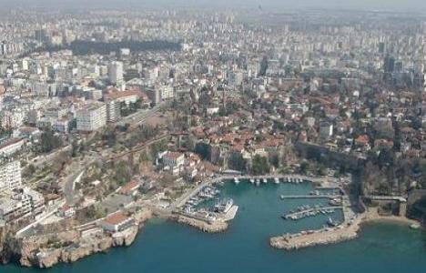 Antalya'da 8.7 milyon TL'ye satılık 2 bina!