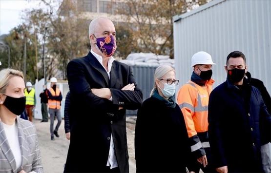 Arnavutluk Başbakanı Edi Rama'dan Türkiye tarafından inşa edilecek konutlara övgü!