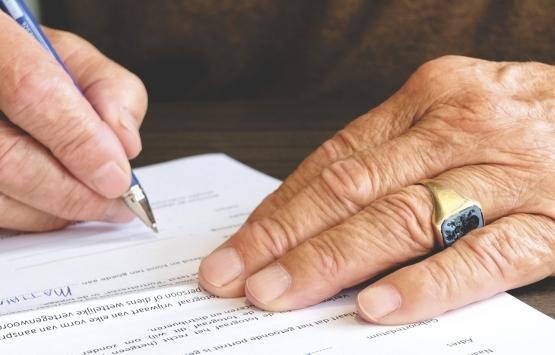 Şahit eşliğinde yapılan sözleşme miras hukukunda geçerli midir?