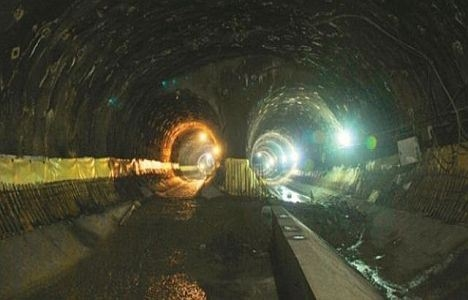 Üsküdar metro inşaatında yüksekten düşen işçi öldü!