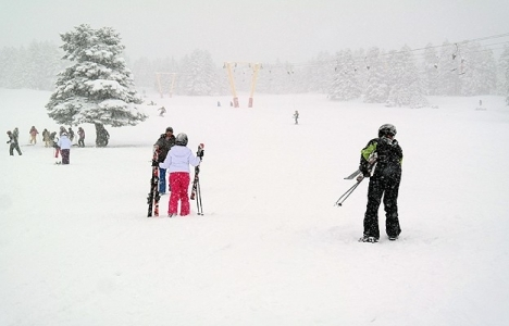 Uludağ'da kış turizmi! Kar kalınlığı 3 metreye yaklaştı!
