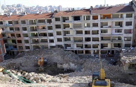 Bağcılar'da riskli alan ilan edilen bölgedeki 73 bina yıkılıyor!