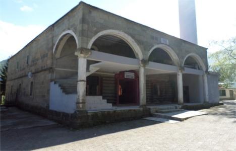 Gülyalı Merkez Camii