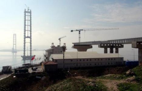 İzmit Körfez Köprüsü'nde çalışmalar devam ediyor!