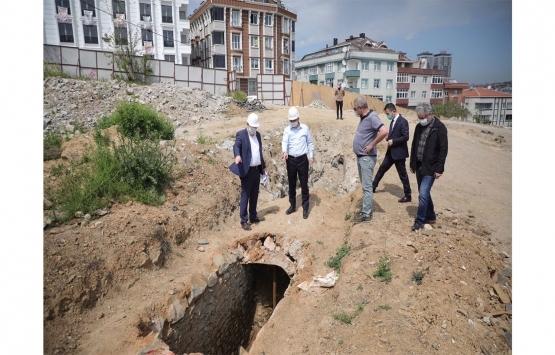 Gaziosmanpaşa'da kentsel dönüşüm çalışmaları sırasında 1500 yıllık su kemeri bulundu!