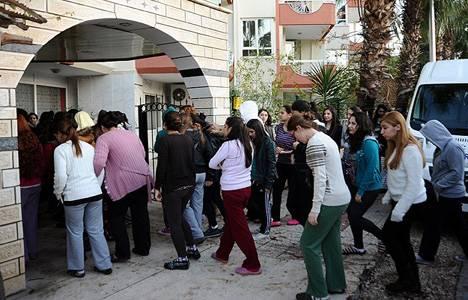 Antalya'da kız öğrenci yurdunda yangın çıktı!