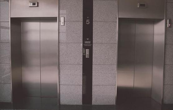 Binalardaki tehlike! Asansörler alarm veriyor!