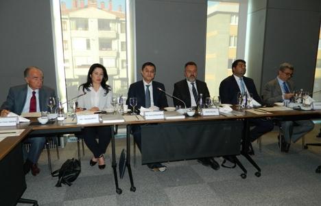 Camşid Kuçarov: Türk