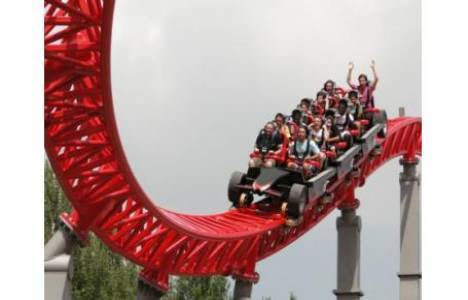 Vialand'in tema parkı yeni sezonu açtı!