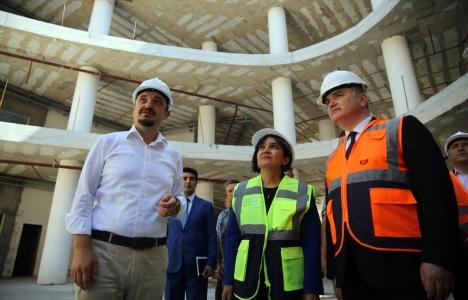 Faruk Özlü Düzce'deki Tekonopark'ın inşaatını inceledi!