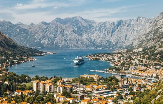 Türkler Karadağ'da yıllık bin adet konut alıyor!