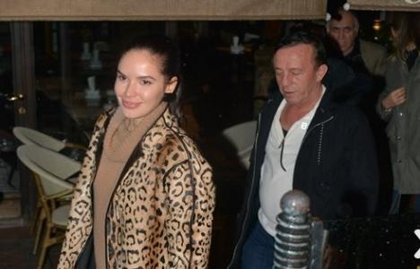 Ali Ağaoğlu sevgilisi Sofia Larina ile görüntülendi!