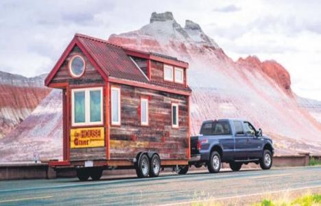 Karavan yerine mobil