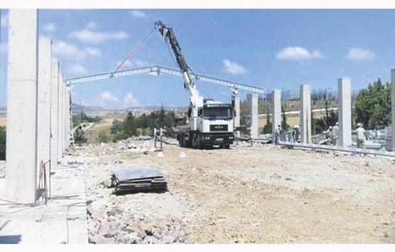 Altındağ Belediyesi gençlik merkezi ve spor alanı inşaatını mühürledi!