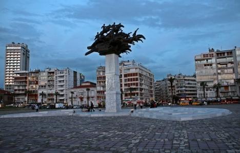 İzmir meydanlarına kablosuz