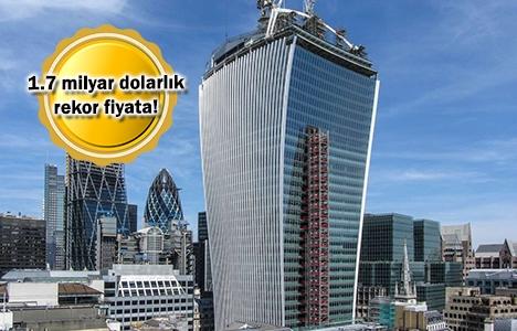 Londra Walkie Talkie Gökdeleni satıldı!