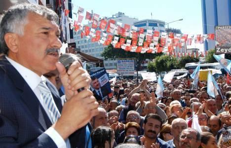 Zeydan Karalar: Seyhan mahallelerinin yüzde 80'i yenilenmeli!