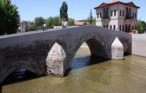 Aksaray'daki 800 yıllık