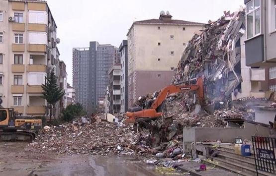 Kartal'da çöken binanın