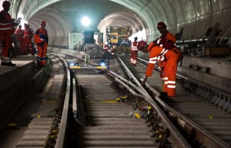 Gotthard Base Tüneli
