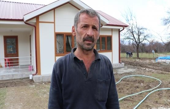 Elazığ Çevrimtaş köyünde yapılan evlerden ilki teslim edildi!