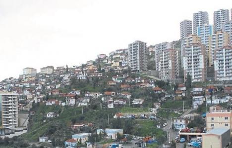 İzmir Bayraklı'da kentsel dönüşüm kendiliğinden başladı!