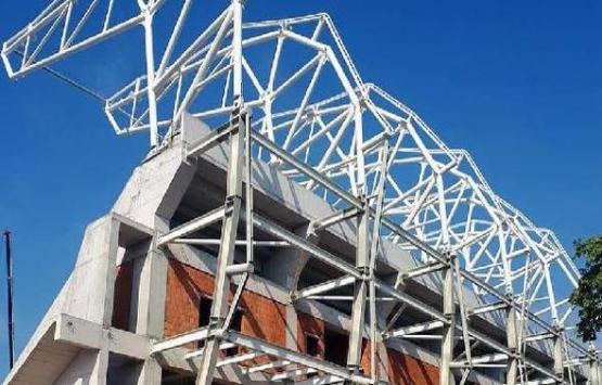 Alsancak Stadı'nda çatı