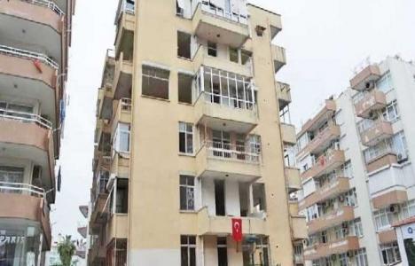 Antalya'daki metruk bina yıkılmayı bekliyor!