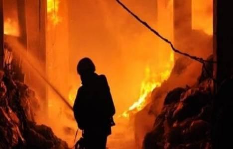 Gaziantep'te kağıt fabrikasında çıkan yangın kontrol altına alındı!