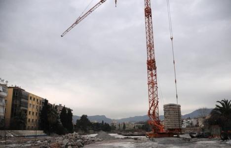 Karşıyaka Stadı inşaatında