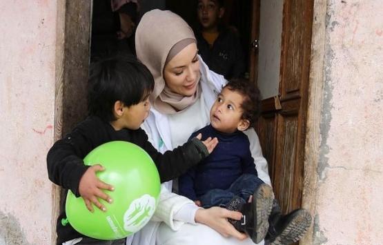 Gamze Özçelik'ten Arakan'daki mültecilere 25 ev!