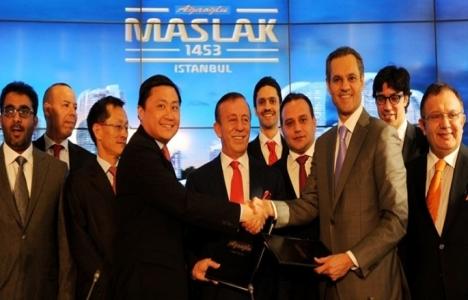 Maslak 1453'te imzalar