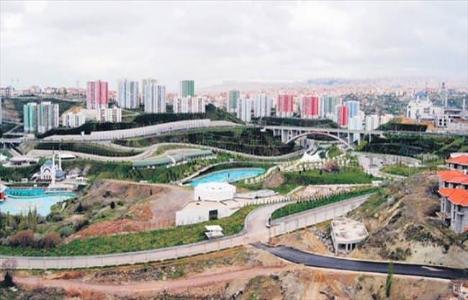 Esenboğa Metrosu'nda saha