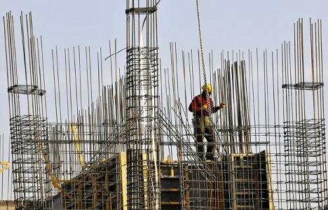 Kâr eriyor, inşaatta