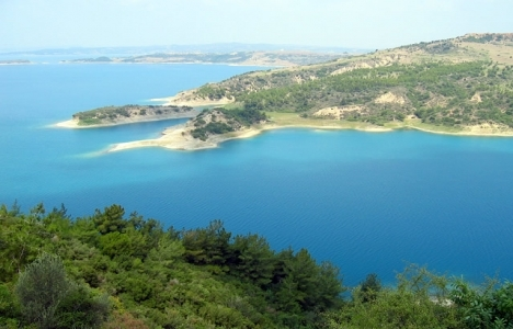 Seyhan Baraj Gölü'ne