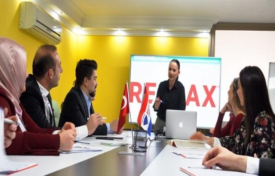 RE/MAX danışmanları akademik alanda fark yaratıyor!